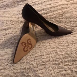 Shoes - Brown Leather Pump